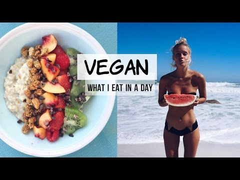 What I eat in a day | VEGAN | Cape Town Edition ✈