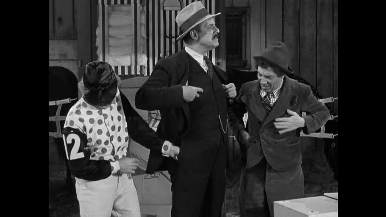 """Pickpocketing the Sheriff - The Marx Brothers in """"A Day At The ..."""