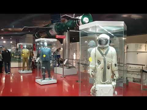 Музей космонавтики, метро ВДНХ