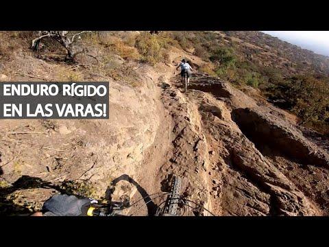 Downhill en bicicleta rígida y en doble suspensión con Erich Moralejas de caídas de antaño