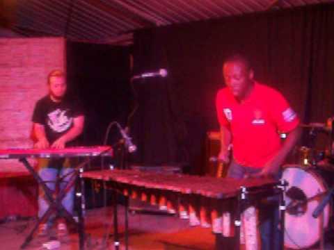 Zimbo-Ita Live at Bookcafe Jam Zim 2013