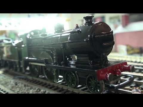 A Southern Railway DJH Kit of the D1 4-4-0  runs again- Model Railways 00 Gauge