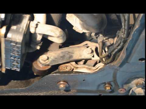Опора двигателя 1714320 низ  Форд Мондео Автосервис «Скорпион» г.Астрахань ул.Ширяева 8Б