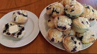 Perfect Blueberry Muffins With Crumb Topping - The Hillbilly Kitchen