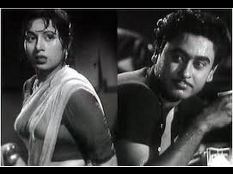 Madhubala Was Tortured by Kishor Kumar | Bollywood Pitara