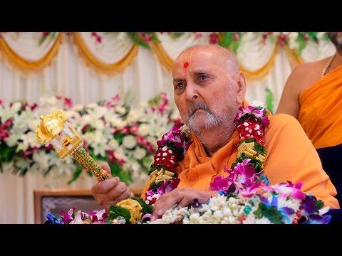 Guruhari Darshan 22 Dec 2015, Sarangpur, India