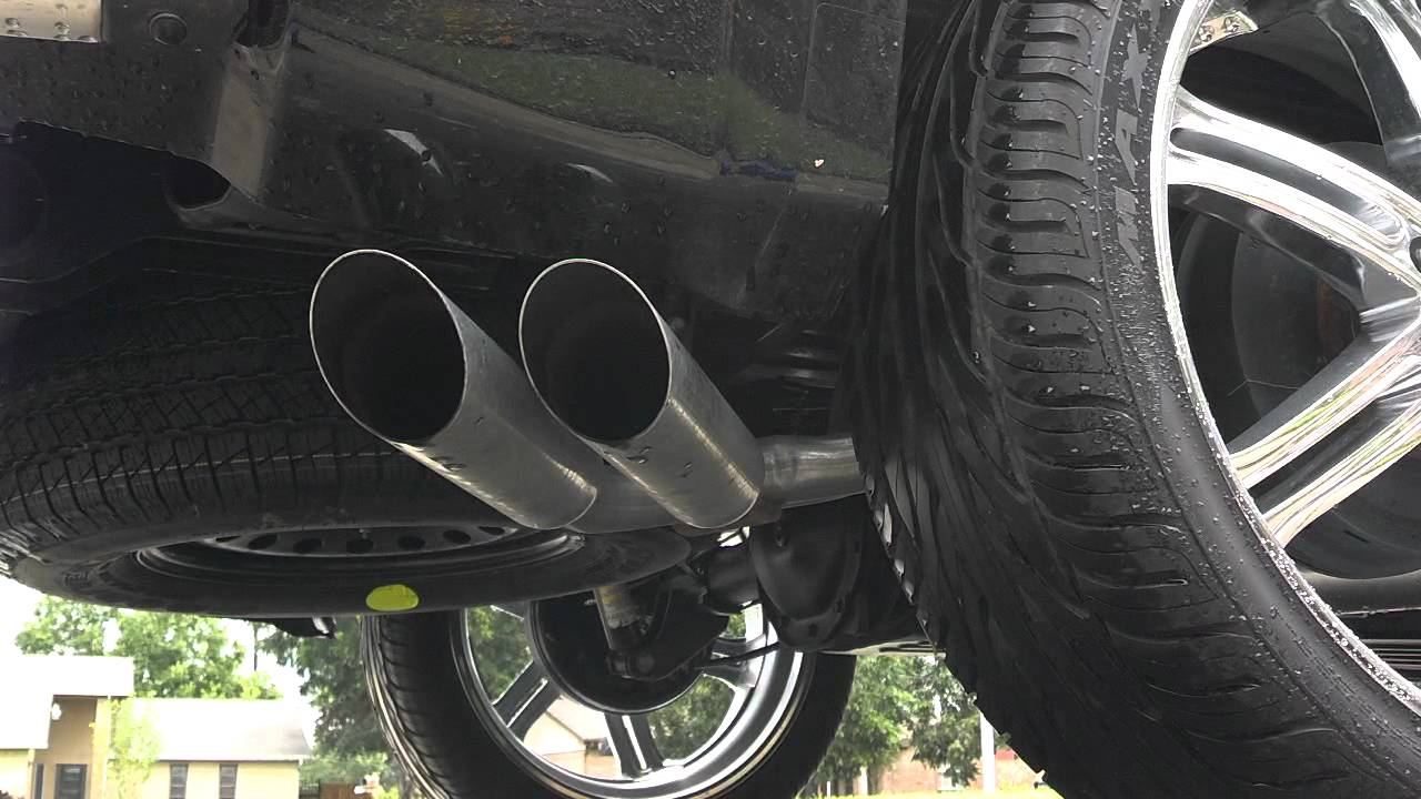Flowmaster exhaust on 2012 GMC Sierra 5.3 - YouTube