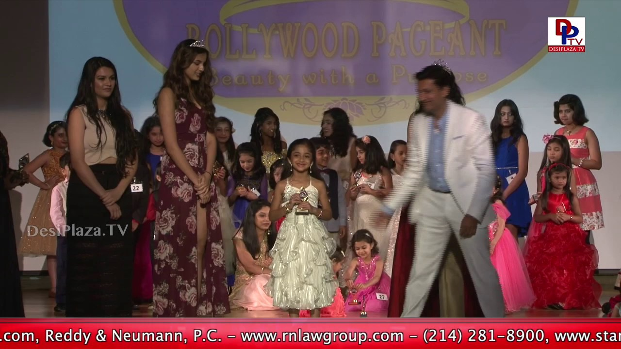 Cuteness at peaks - Superb glimpses of the kids ramp walk at Bollywood Pageant 2017 || DesiplazaTV