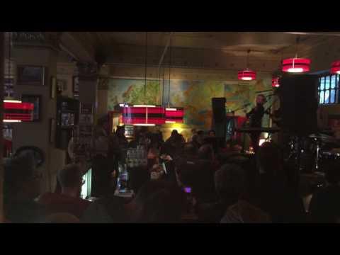 Axel Flóvent, Reykjavík, The Laundromat Cafe, 11/02/2016