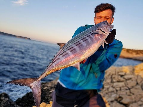 Adriatic sea shore fishing expedition - Jizz on the Vis