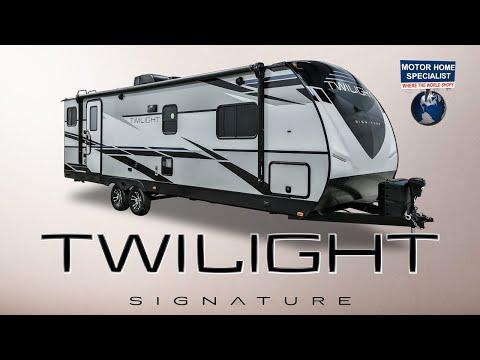 twilight-signature-series-luxury-travel-trailer-rvs-by-thor-industries