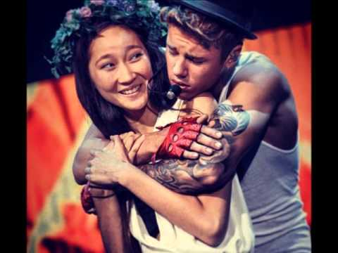 JUSTIN BIEBER: Posts Instagram Pic with a Fan in Beijing on September 30, 2013