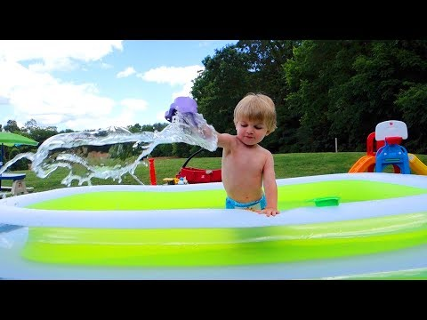 Thumbnail: Intex Swim Center Family Inflatable Pool Review