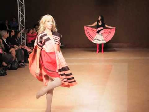 ESTRELLA ARCHS S/S 2011 FASHION SHOW - VIDEO BY XXXX MAGAZINE Travel Video