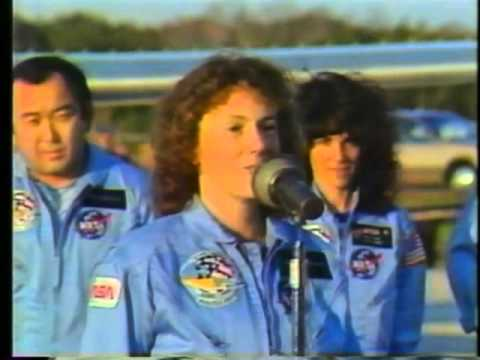 15 Shocking Facts About the Tragic Challenger Explosion