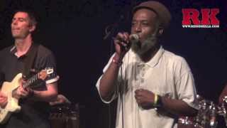 Ossie Gad (Natural Ites) backed by Nucleus Roots Band live in PARIS 2013 (Petit Bain)
