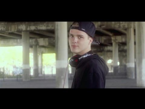 Kristian - Blázni století (Official Music Video)