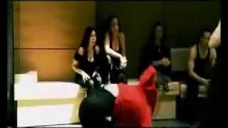 فتاة تضرب رجل اجمل تايكواندو