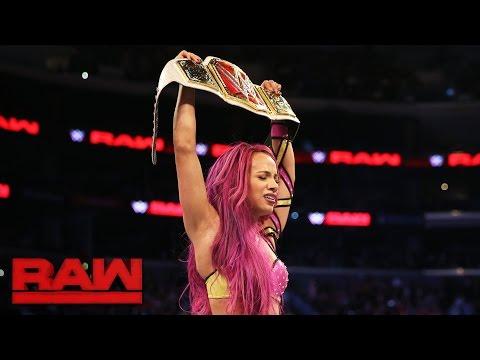 Sasha Banks vs. Charlotte - Raw Women's Championship Match: Raw, Oct. 3, 2016