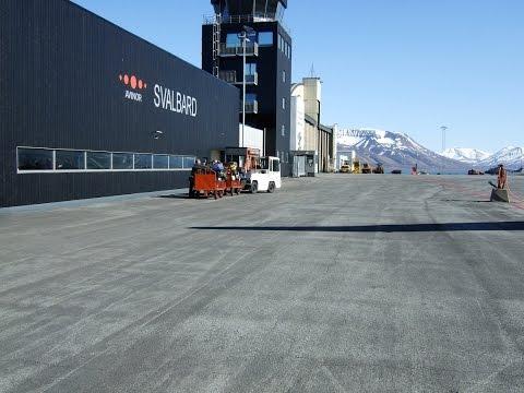 Approach & Landing Longyear (Svalbard) ENSB. Vatsim, Prepar3D, Boeing 747-430