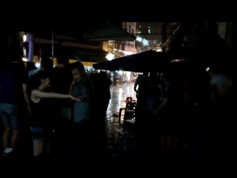 Hanoi Old Quarter - Beer Street - Raining - (河內老城酒吧街) 2