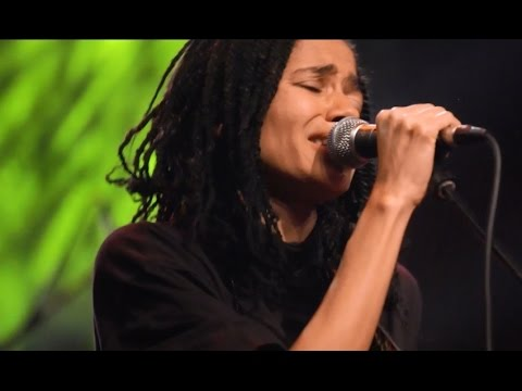 """Nneka LIVE """"My Home"""" - My Fairy Tales - Tour 2015 @Jam'in'Berlin"""