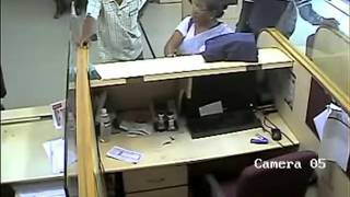 Live video of thief stolen  18 Lakh from icici Bank, Jorhat, Assam, India