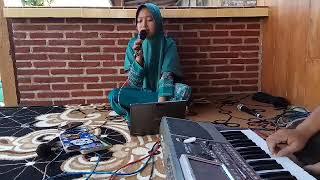 Gambar cover Laukana Bainanal Habib - Uswah Qosidah (Cover Annisa Sabyan) dengan Piano