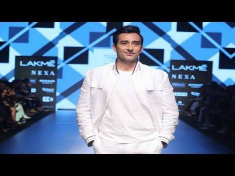 Rahul Khanna Walks For Narendra Kumar | Spring/Summer 2018 | Lakme Fashion Week