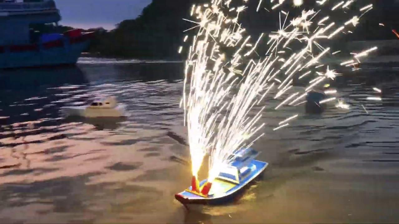 Chế ghe mô hình bắn pháo hoa | Model fishing vessel with firework display
