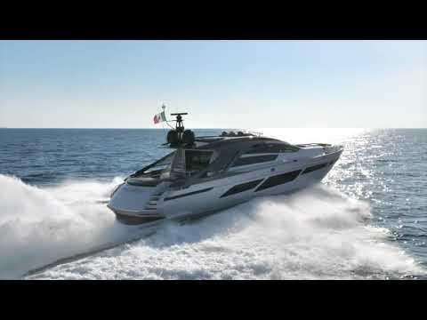 Luxury Motor Yacht - Pershing Yacht 9X