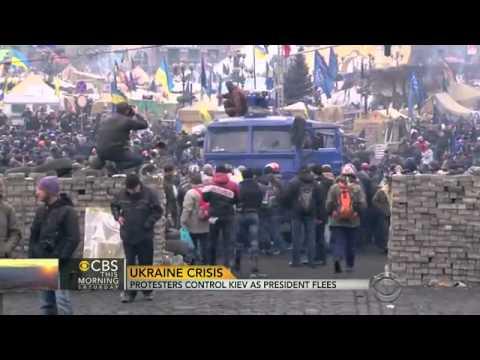 Ukrainian crisis: Protesters control Kiev as president flees