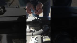 Jauge huile cassée (varilla de aceite rota) (gauge has broken oil)