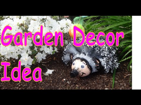 DIY Crafts: Hedgehog Garden Decor from Recycled Plastic Bottles ...