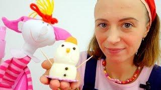 Маша и подружки. Театр:  Снеговик из яичек на завтрак для Клавы