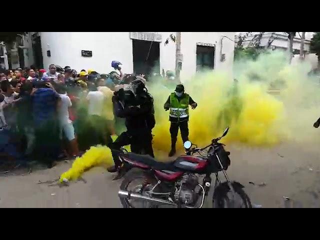 Disturbios en la sede administrativa del Unión Magdalena