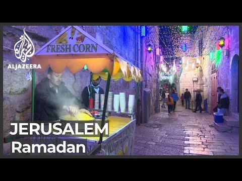 Muslims mark first night of Ramadan with Al-Aqsa Mosque prayers