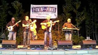 Seldom Scene at PIP 2010 - Let The Whole World Talk