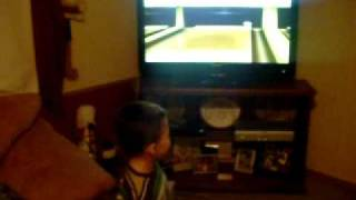 3 YEAR OLD COMPLETES NINTENDO Wii BOWLING CHALLENGE