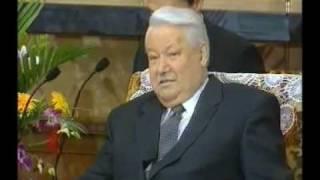 Ельцин пригрозил Клинтону ядерной войной