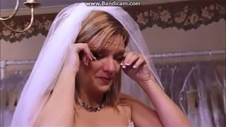 Dance Moms: Melissa tries on wedding dresses (S3E11)