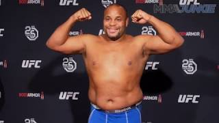 UFC 230: Highlight of the official weigh in