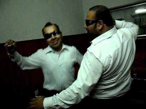 Amir Gujra dance.wmv