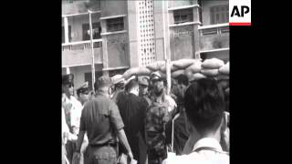 SYND 10 4 68 SOUTH VIETNAMESE OFFICER EXECUTED IN SAIGON FOR THEFT
