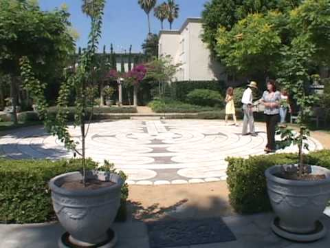Peace Awareness Labyrinth Gardens Spiritual Oasis In The City Cnn Socal 39 S Best Youtube