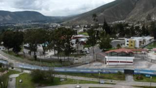 2012 Ecuador   Quito, Mitad Del Mundo, Equateur, Nord et Sud