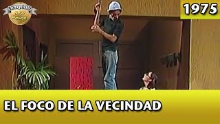 El Chavo | El foco de la vecindad (Completo)