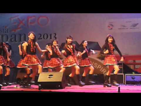 JKT 48 - fortune cookie in indonesia japan expo 13