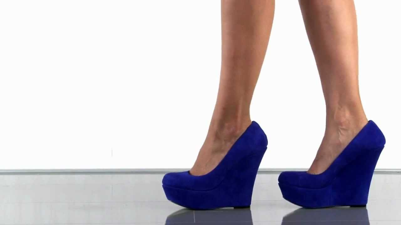 ad80ad599f7 Steve Madden Pammyy in Blue Suede
