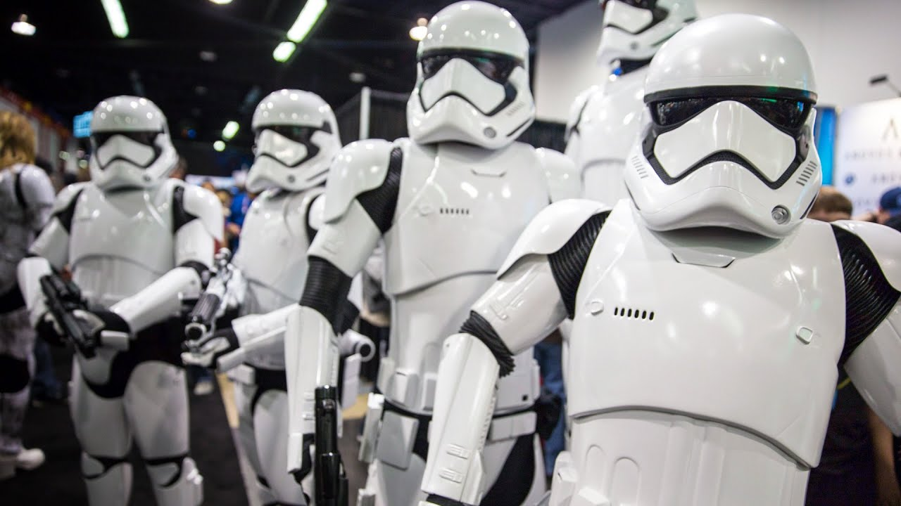 The Force Awakens Stormtrooper Armor by Anovos & The Force Awakens Stormtrooper Armor by Anovos - YouTube